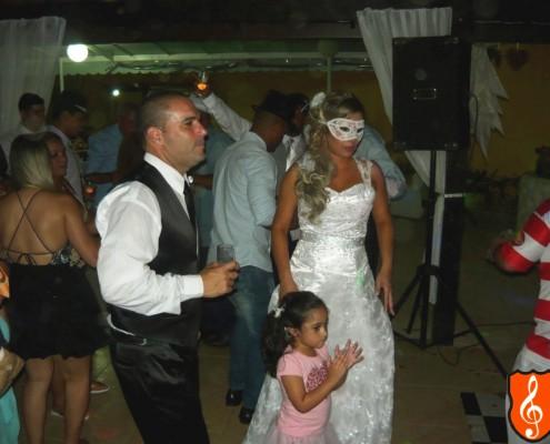 Festa de Casamento Rio de Janeiro Veronica e Vando - Bateria de Escola de Samba Casal