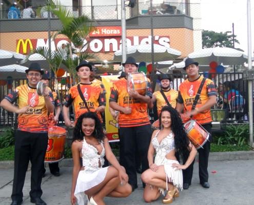 Equipe Status Samba Show em Ação Mc Dia Feliz Faria Lima
