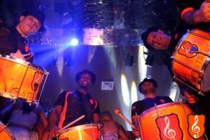 Baile de Favela Status Samba Show