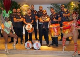 Bateria e Mulatas - Status Samba Show