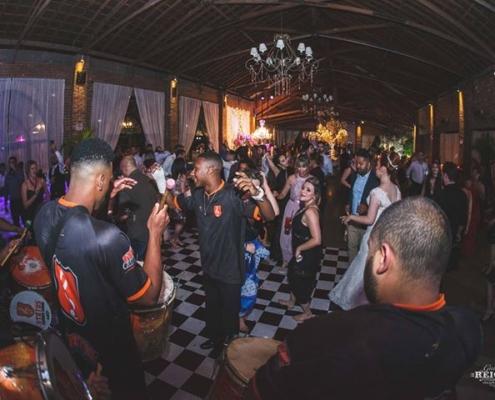 Bateria Status Samba Show - Mestre João Pedro
